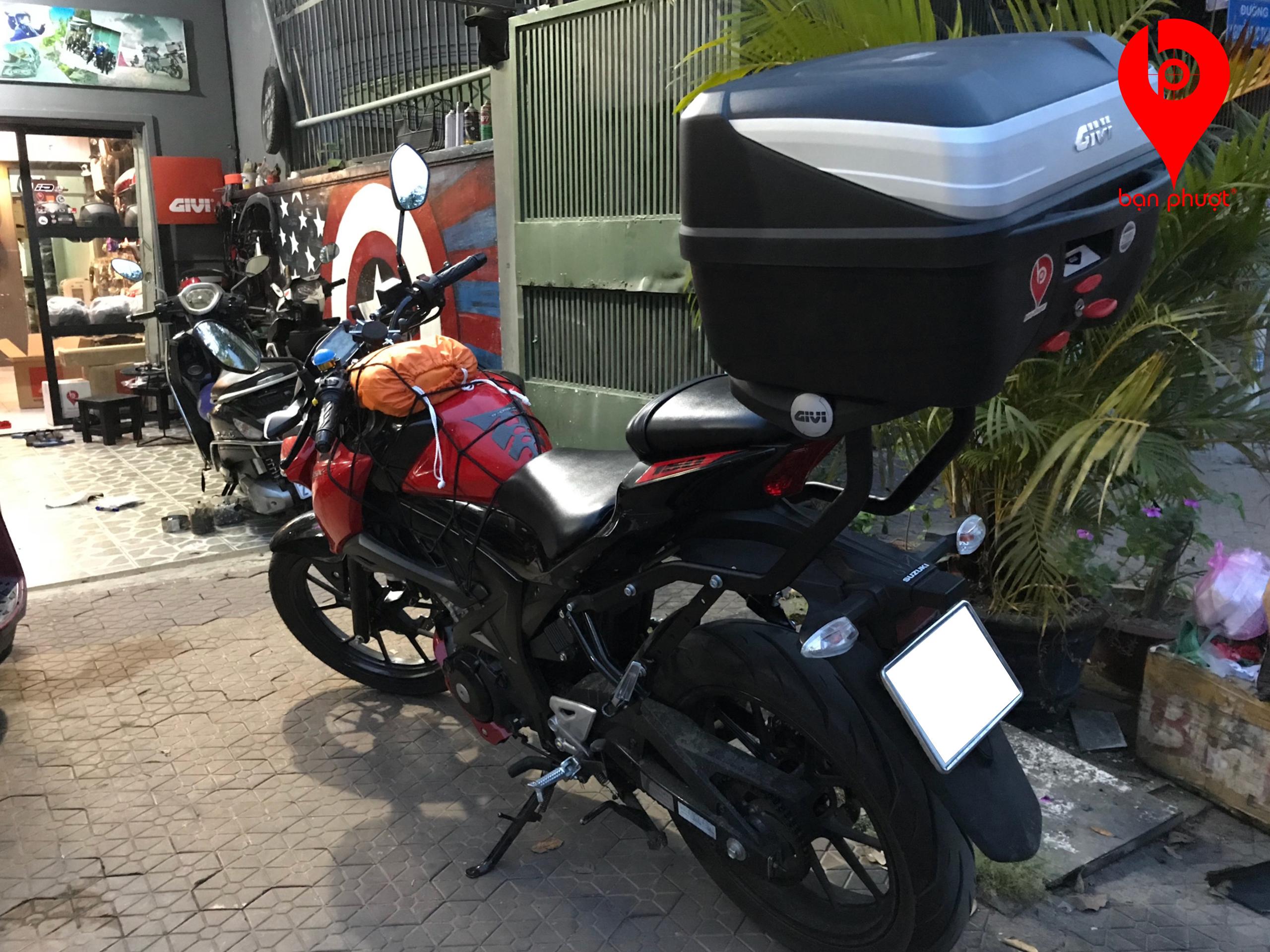 Thùng Givi cho Suzuki GSX S150