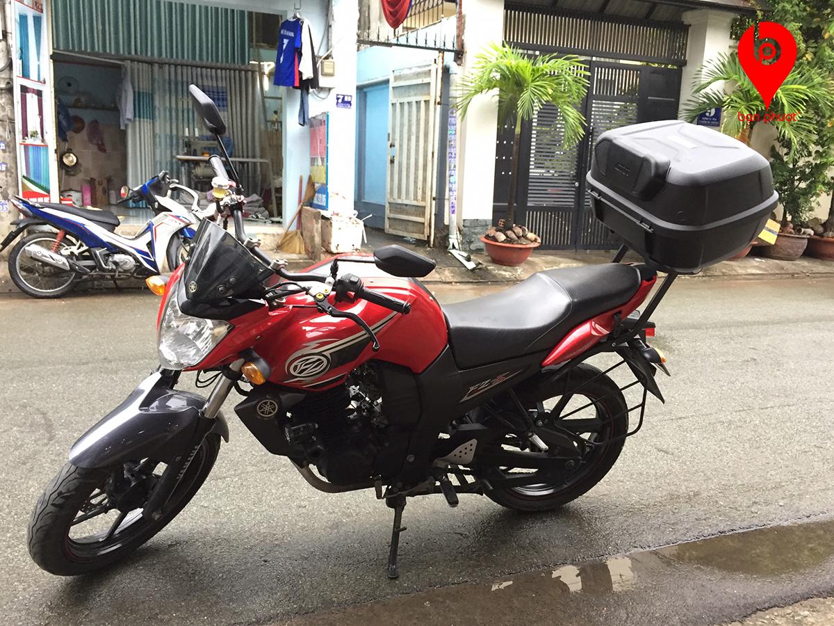 Thùng xe máy Givi cho Fz-S