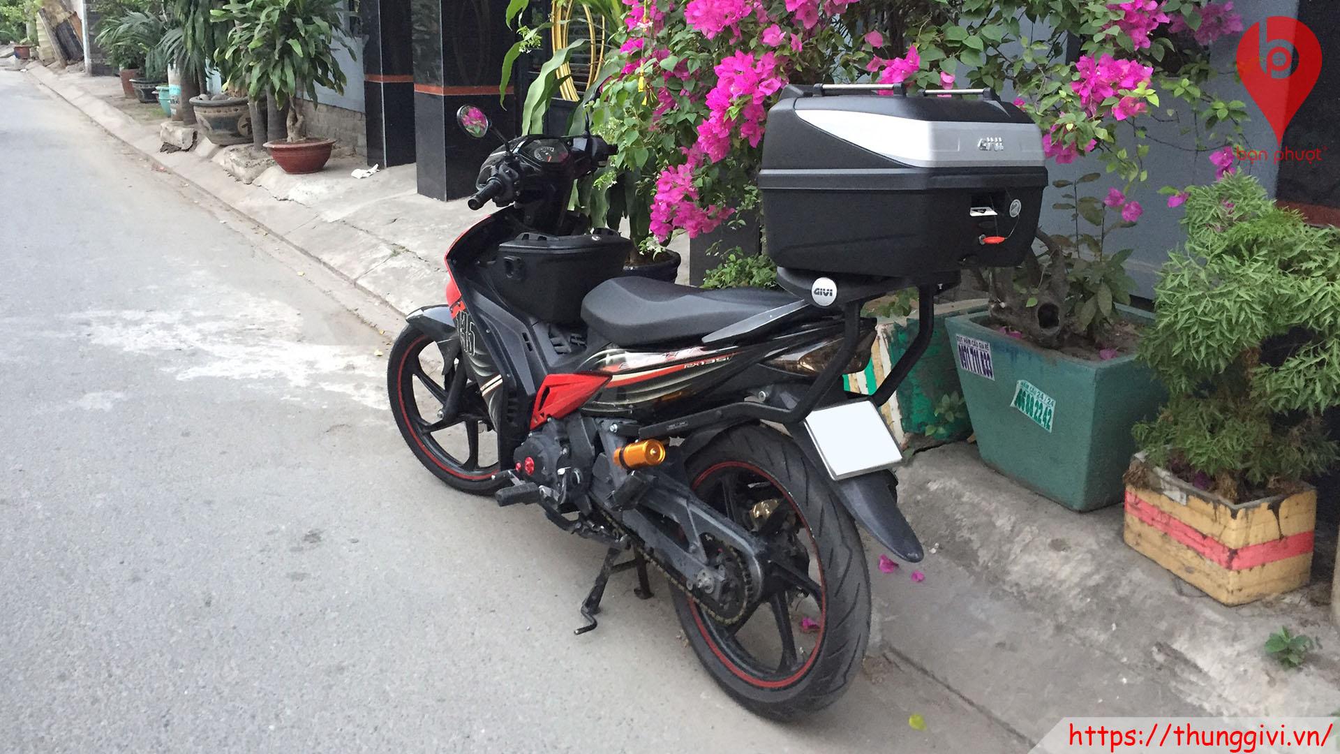 Baga và thùng đựng đồ cho Exciter
